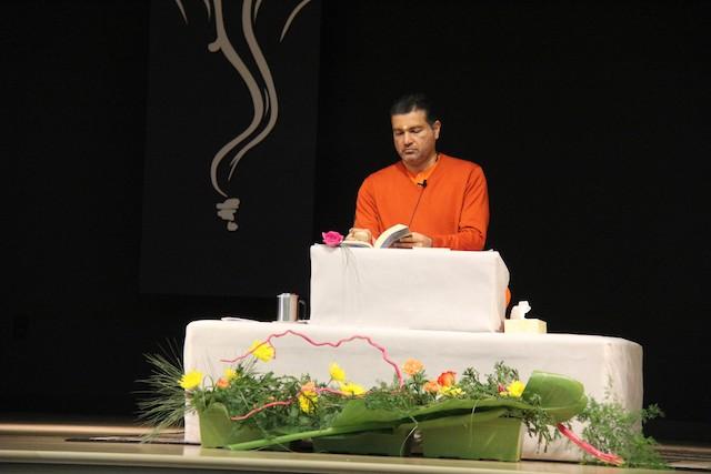 Jnana Yagna - Bhagavad Gita Chapter 15