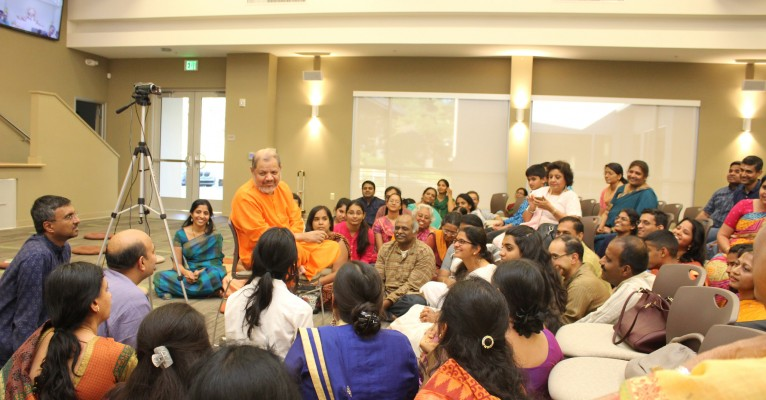 Pujya Guruji Arrives in San Jose