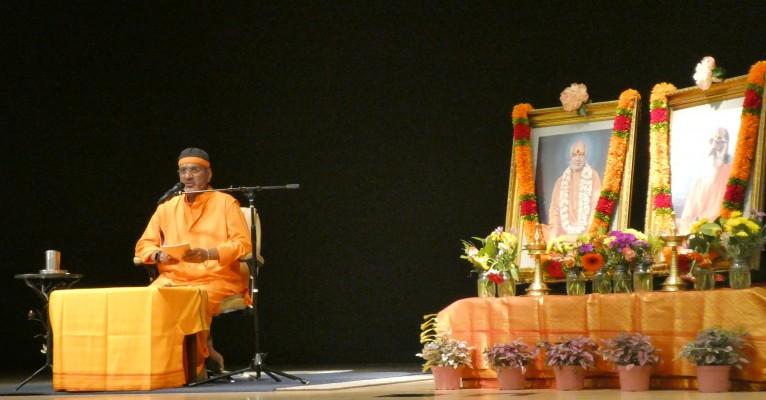 Gita Jnana Yagna – Swami Mitrananda